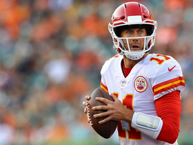 Watch: Alex Smith with a Spectacular Pass to Travis Kelce for a 36-yard gain