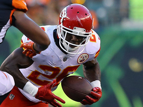 Watch: C.J. Spiller's first run as a Chief goes for big gain