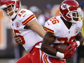 Watch: Spiller makes a nice run for a gain of 15 yards