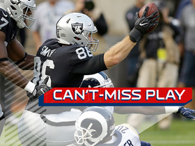 Watch: Can't Miss Play: Carr throws touchdown to Smith