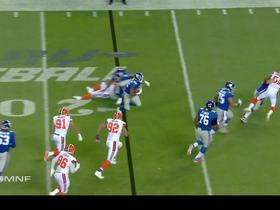 Watch: Wayne Gallman gains 10 yards on screen pass