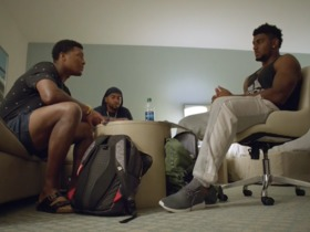 Watch: 'Hard Knocks': Jameis, DJax turn hotel room into practice field