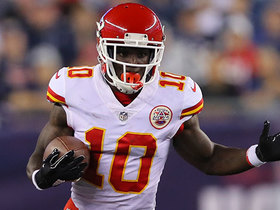 Tyreek Hill makes his first catch of the season