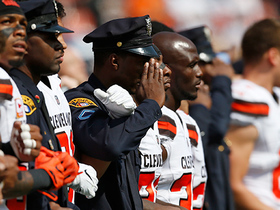 Browns join hands with military, police, firefighters for US National Anthem