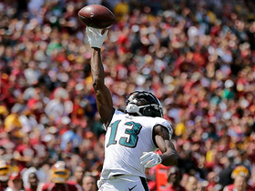 Nelson Agholor brings in one-handed catch in red zone