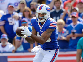 Tyrod Taylor finds Andre Holmes for the 1-yard TD
