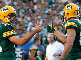 Aaron Rodgers hits Jordy Nelson for spectacular 32-yard TD