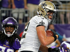 Drew Brees finds Coby Fleener in the end zone for 8-yard TD