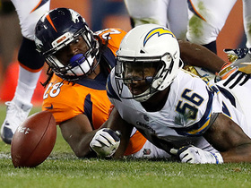Casey Hayward recovers crucial fumble to give Chargers possession