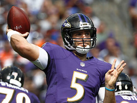 Flacco buys time, throws strike to Javorius Allen for TD