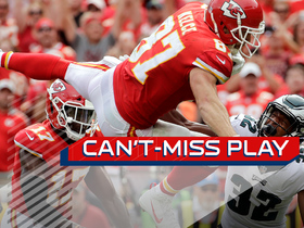 Watch: Can't-Miss Play: Travis Kelce hurdles defender for touchdown