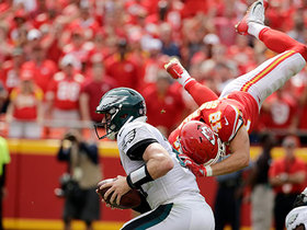 Daniel Sorensen goes FLYING, forces Wentz to throw incompletion