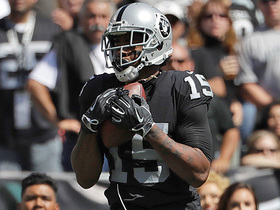 Michael Crabtree scores first touchdown of the season
