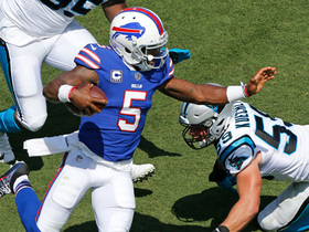 Tyrod Taylor runs all over the Panthers