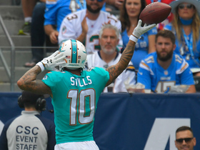 Watch: Cutler connects with Kenny Stills for first TD as a Dolphin