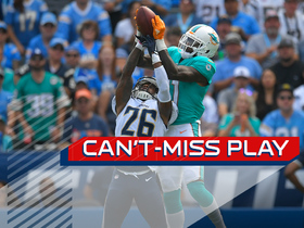 Can't-Miss Play: DeVante Parker absolutely MOSSES defender
