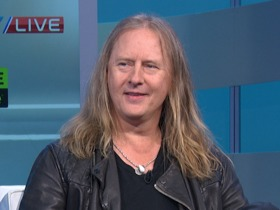 Watch: 'NFL Fantasy Live': Jerry Cantrell of Alice in Chains joins the show