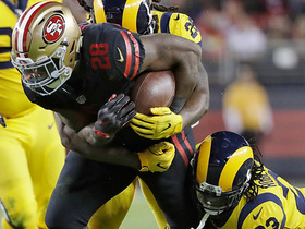Carlos Hyde shows incredible effort after slipping and falling