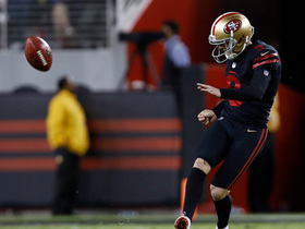 Watch: Robbie Gould lays down perfect onside kick, Niners recover