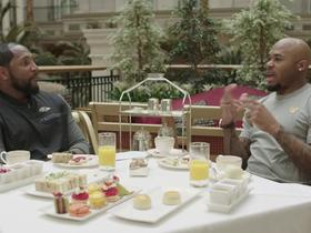 Watch: Steve Smith and Ray Lewis have tea time in London