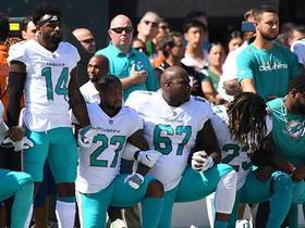 Watch: Dolphins and Jets share moment of unity during national anthem