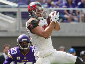 Watch: Jameis Winston hits Cameron Brate for a 15-yard TD