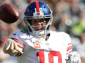 Eli Manning throws his second interception to Patrick Robinson