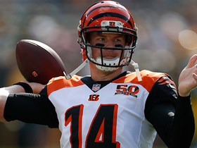 Andy Dalton strikes pass to A.J. Green for 10-yard TD