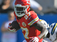 Watch: Kareem Hunt charges through defenders for 20 yards