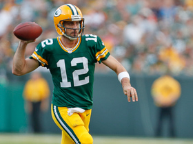 Watch: Aaron Rodgers hits Davante Adams for 41 yards on flea-flicker