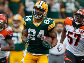 Aaron Rodgers buys time, finds Lance Kendricks for 51 yards