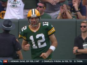 Watch: Rodgers rolls out to throw to wide-open Nelson waiting in end zone