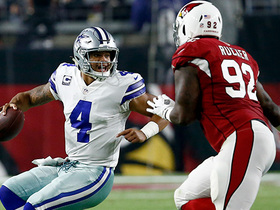 Dak Prescott escapes sack, fires dart to Terrance Williams