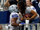 Watch: Ezekiel Elliott scores second TD of game, gives ball to mom