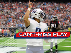 Watch: Can't-Miss Play: Mariota dives to the pylon for 2-yard TD
