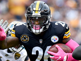 Le'Veon Bell makes incredible one-handed catch while falling