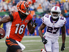 A.J. Green catches perfect pass, races past his defender for 47 yards