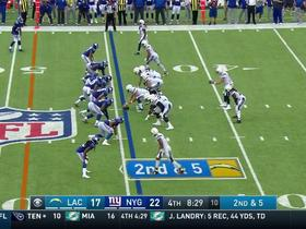 Melvin Gordon rushes for 16 yards on a cut back