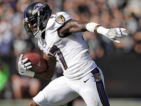 Mike Wallace hauls in yet another catch of 20-plus yards