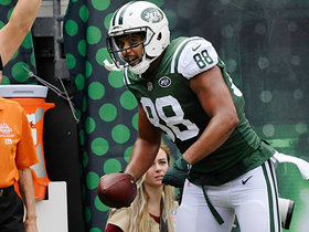 Austin Seferian-Jenkins hauls in TD catch in back of end zone