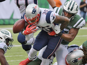 Jets pop ball loose, take possession in mad scramble