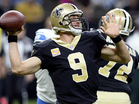 Brees executes perfect flea flicker to Coleman for 20 yards