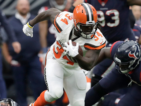 Isaiah Crowell weaves through defenders for 23-yard gain