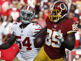 Vernon Davis runs wild for 52-yard gain