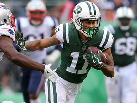 Robby Anderson keeps the drive alive with a 32-yard catch