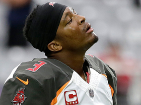 Jameis Winston sidelined with injury, Ryan Fitzpatrick comes in