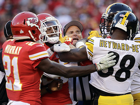 Players scuffle after failed fourth down by Chiefs