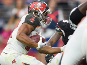Watch: Doug Martin pushes up the middle for 1-yard TD run
