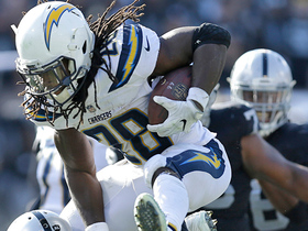 Melvin Gordon hurdles Reggie Nelson on first-down run
