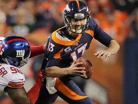 Trevor Siemian scrambles up the middle for first down